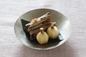 フォトグラファー:代 和佳子 / くわいの含め煮-フードスタイリスト新井めぐみの作品