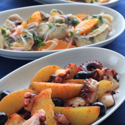 スペインバルメニュー 3種(タコのガリシア風、サバのフリットオレンジマリネ、カラーポテトのオムレツ)-フードスタイリスト新井めぐみの作品