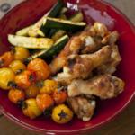 フードスタイリスト津幡ともこの作品-鶏手羽元と夏野菜のスパイシーグリル