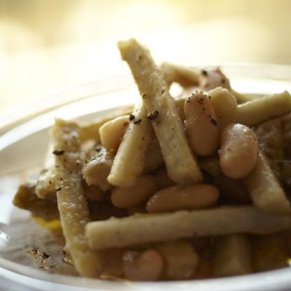 フードスタイリスト津幡ともこの作品-ごぼうと白いんげん豆のマリネ